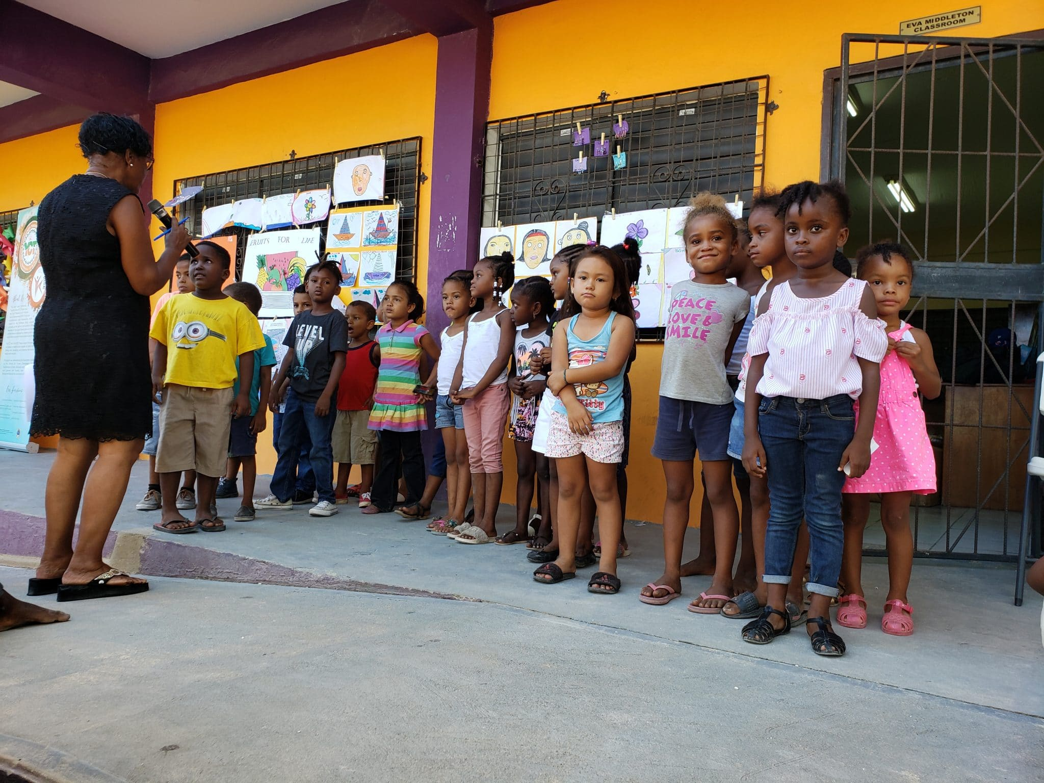 SHIE Holds End-of-Summer Ceremony for At-Risk Children in Belize City
